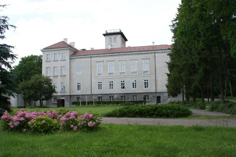 Pałac w Dębowej Łące