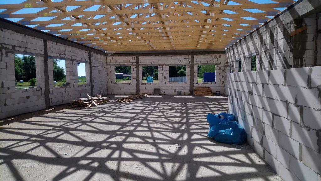 Wnętrze budowanej świetlicy