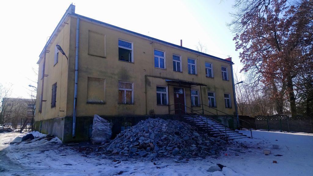 Front budynku przed modernizacją